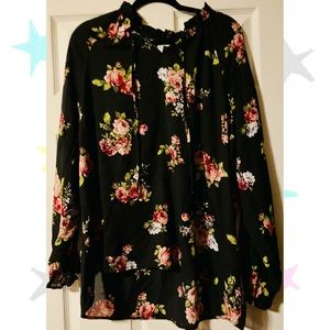 Time and Tru Tunic Floral
